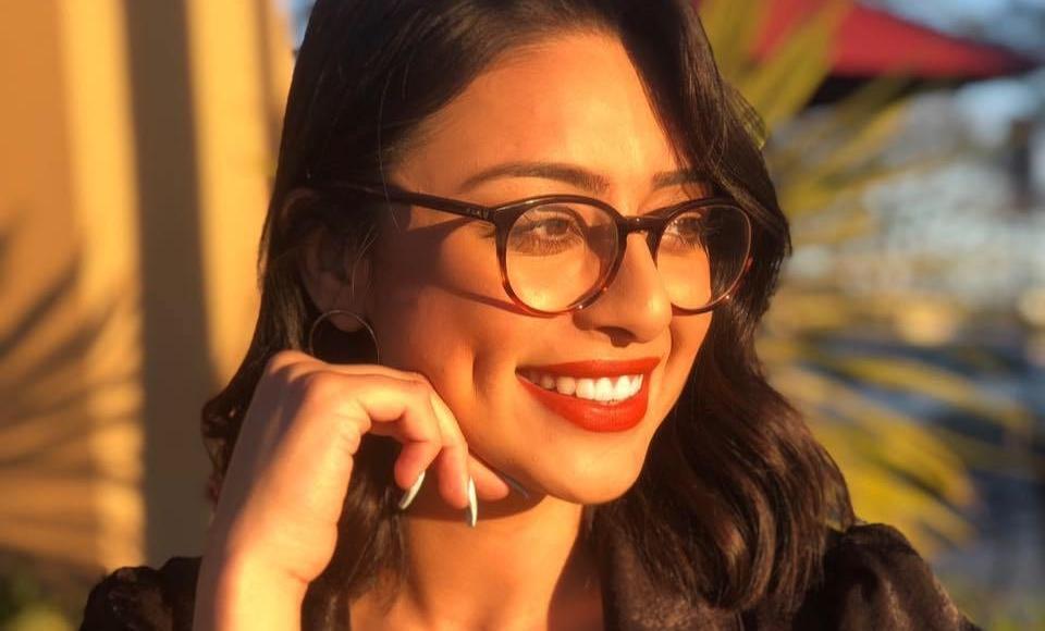 Isla Martinez Latina, Hispanic Speaker Smiling in Sun